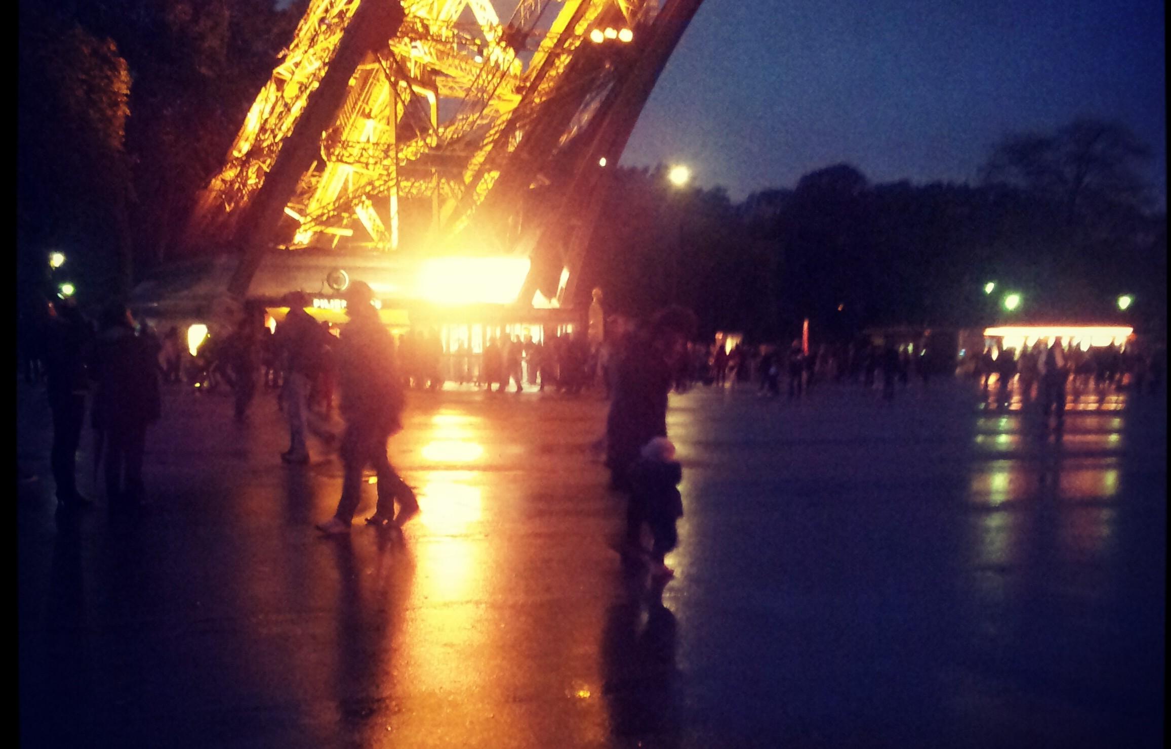 Parijs (2) – De Eiffeltoren Binnenste Buiten